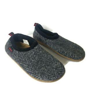 Giesswein Gray Wool Slippers